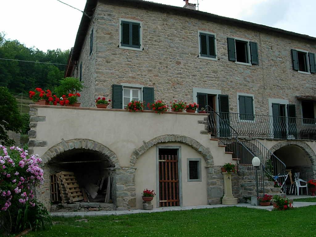 Case vacanza in toscana appartamenti per vacanze for Disegni di case toscane